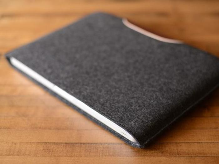Macbook pro sleeve patch ls charcoal felt brown leather 3 grande