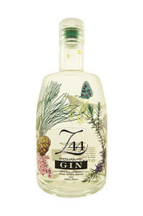 Z44 distilled dry gin roner 15193